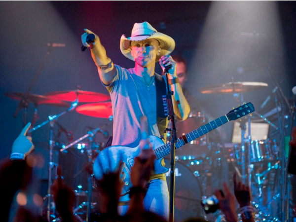 OurStage Magazine | Kenny Chesney Tops Billboard With 16th